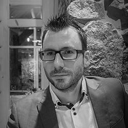 Julien_Redelsperger_ecrivain